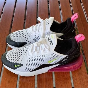 Nike air 270s size 7Y gently used.